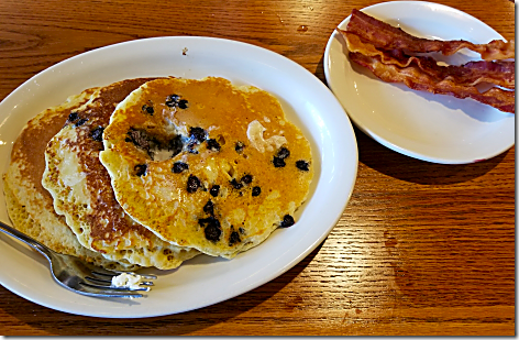 Cracker Barrel Blueberry Pancakes