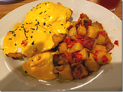 Cracker Barrel Fried Chicken Benedict
