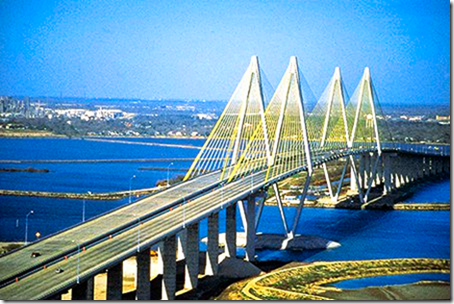 Fred_Hartman_Bridge_3_WP